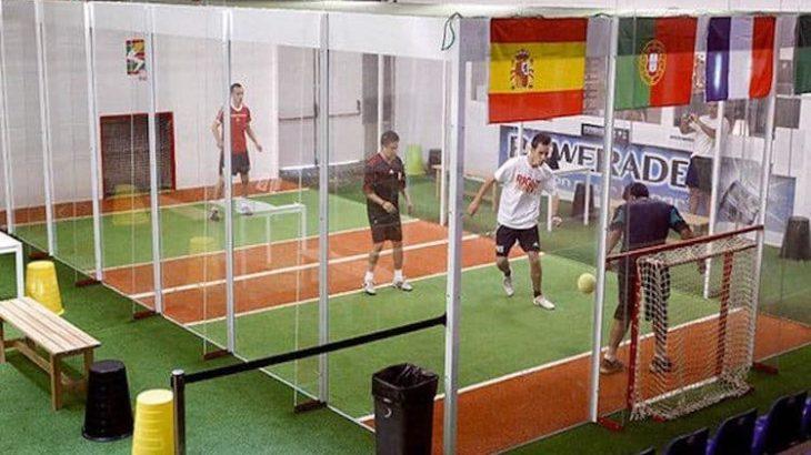 【ジョーキーボール】壁・天井を使えるコートで新感覚サッカー!これ流行りそう!