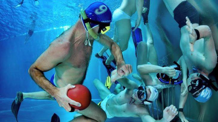 【水中ラグビー】ドイツ生まれの3次元スポーツ!ルールを徹底解説
